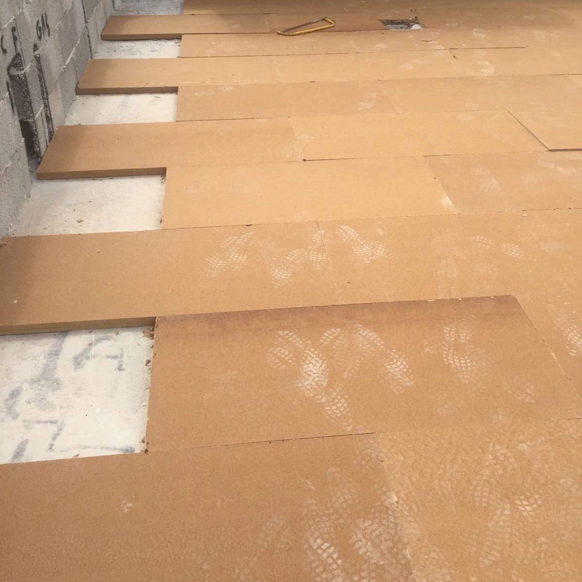 Fiber Wood FiberTherm Base installation on flat roof
