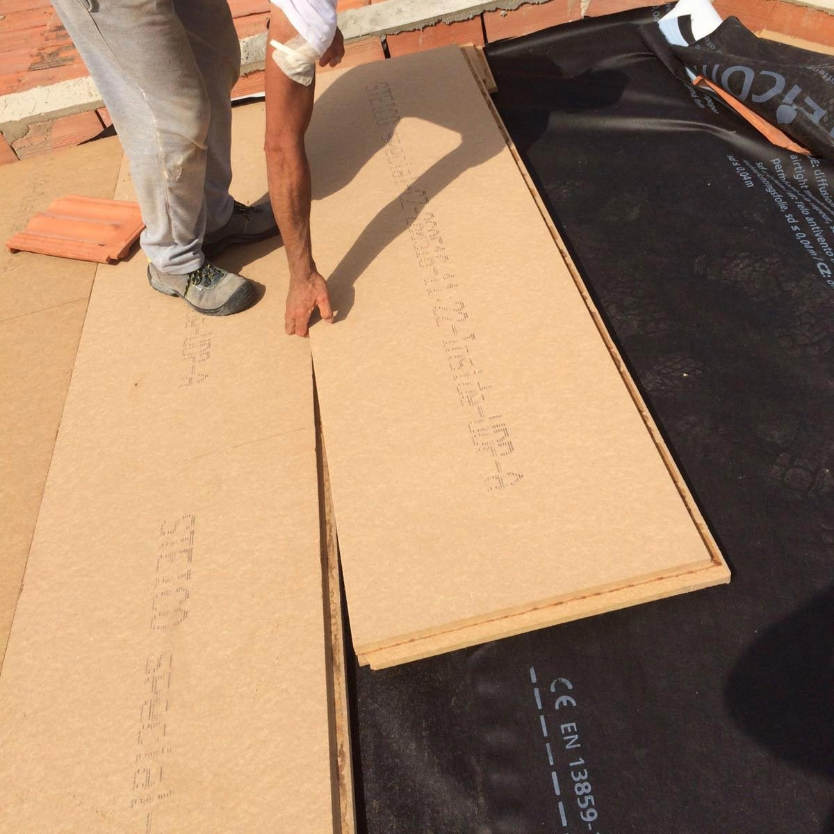 Fiber Wood FiberTherm Special panels installation on roof